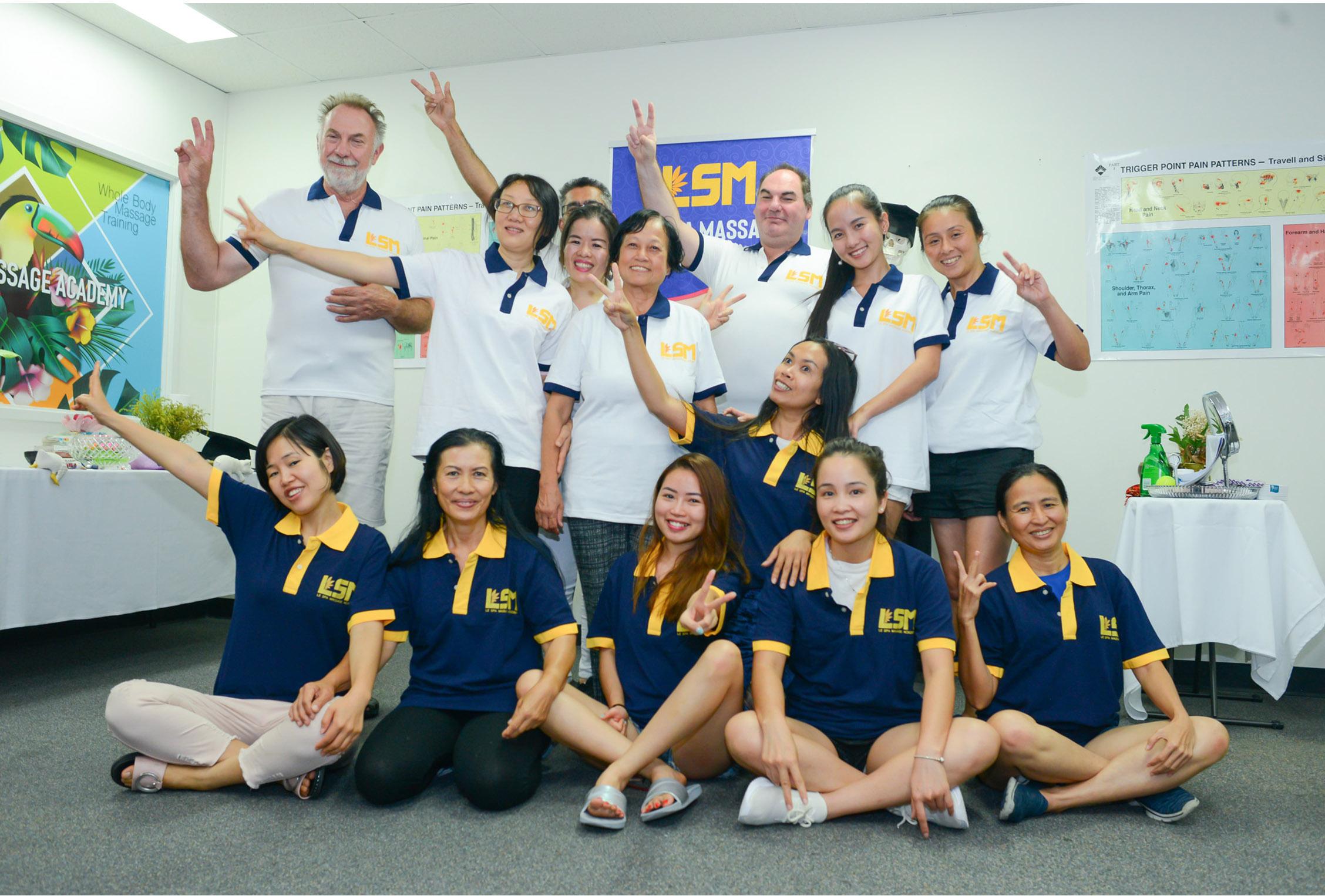Certified Trainig Massage Class At Le Spa Massage Academy