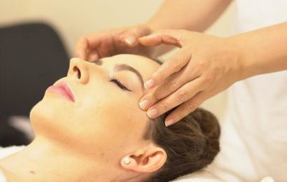 Face Massage At Le Spa Massage Academy